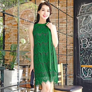 Đầm Oversize Phối Nơ Cổ Alyssa