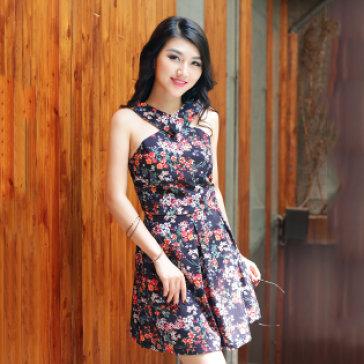 Đầm Hoa Dây Chéo Phong Cách