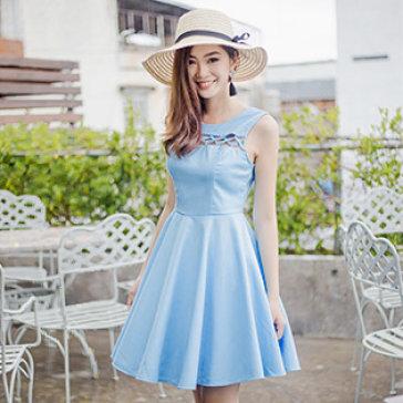 Đầm Cutout Dây Đan Alice