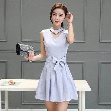 Đầm Cổ Đính Ngọc Trai Phong Cách Hàn Quốc