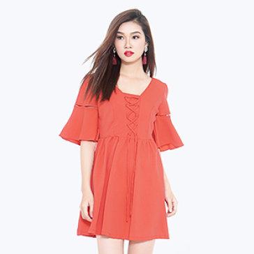 Đầm Đan Dây Tay Loe Emma