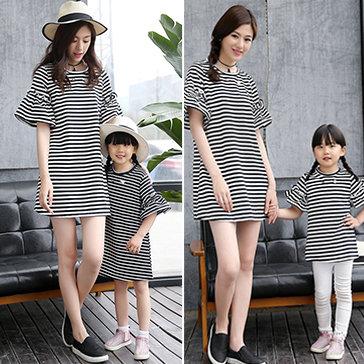 Đầm Mẹ Bé Form Rộng Tay Loe