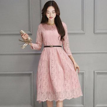 Đầm Ren Tay Lỡ Selina