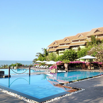 Romana Resort 4* Phan Thiết 2N1Đ - Trọn Gói Ăn Sáng + Ăn Trưa Set Menu/Lẩu Thả + Xe Đưa Đón Đến Resort - Không Phụ Thu Cuối Tuần