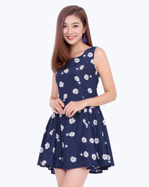 Đầm Hoa Xòe Thời Trang