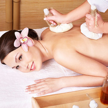 Miễn Tip - 1 Trong 2 Gói Massage Body Đá Nóng - Khánh Hương Spa