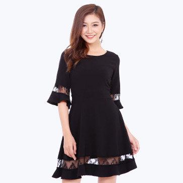 Đầm Xòe Đuôi Cá Phối Ren Tay Loe