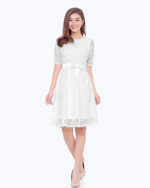 Đầm Ren Xòe Tay Lỡ Xinh Xắn