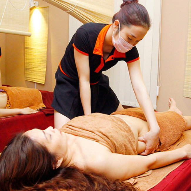 Ngâm Chân Thảo Dược + Tẩy Da Chết + Xông hơi + Massage Body - Linh...