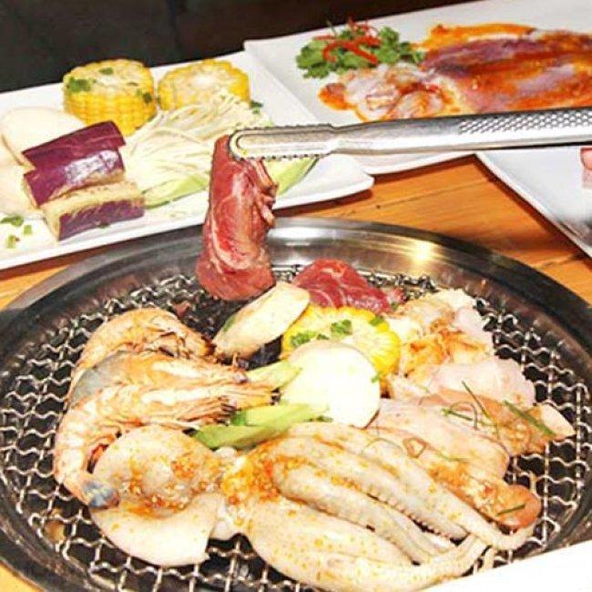 Buffet Tối Không Giới Hạn Bò Mỹ & Hải Sản Nướng Hơn 40 Món -...