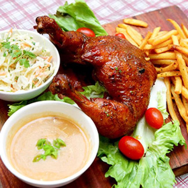 Combo Gà Nướng BBQ Kiểu Âu Ăn Kèm Nước Sốt, Salad, Khoai Tây Cho...