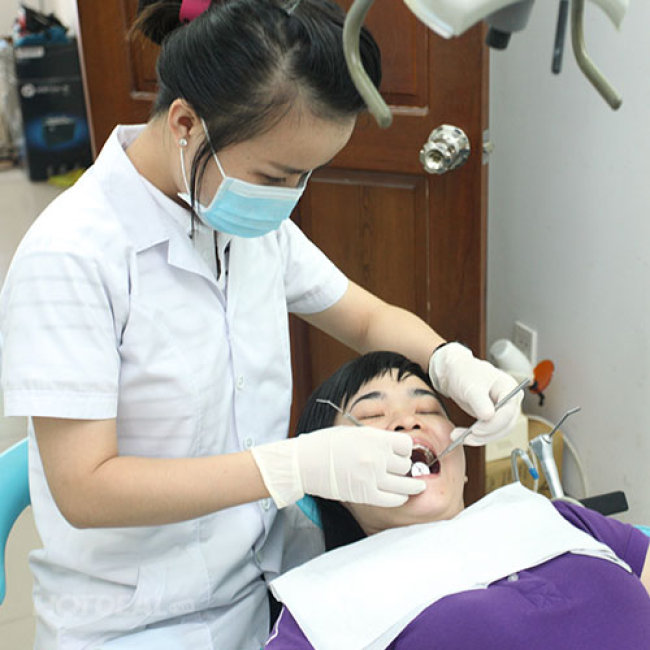 Dịch Vụ Cạo Vôi, Đánh Bóng Răng Tại Nha Khoa Đông Kinh