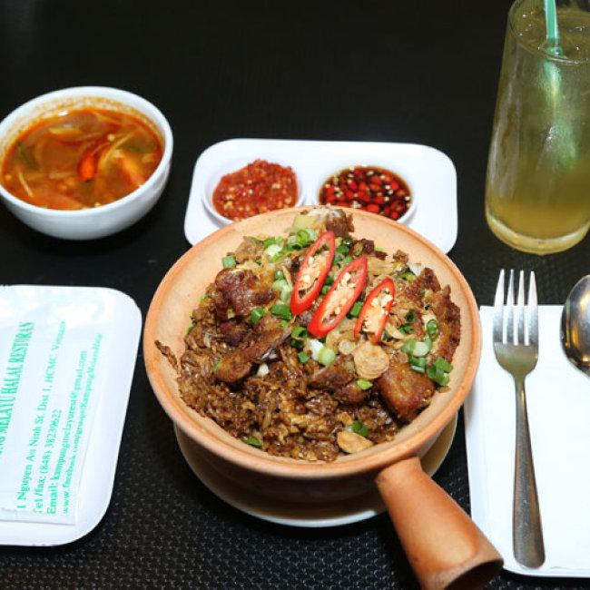 Cơm Thố Gà Malay + Soup Tomyam + Trà Sữa Malay Duy Nhất Tại Hotdeal