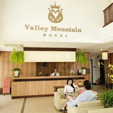 Valley Mountain Hotel 3* Vũng Tàu 2N1Đ Phòng Standard Twin/ Double Gồm Ăn Sáng Và 01 Bữa Ăn Trưa/ Tối + 02 Phần Kem Thụy Điển Cho 2 Người