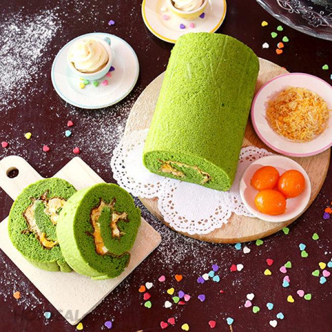 Vina Cake Bakery - Bánh Bông Lan Cuộn Trà Xanh/ Than Tre Nhân Phô Mai...