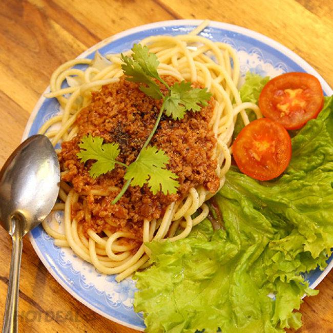 Lẩu Kem + 02 Mì Ý + 01 Dĩa Cá, Bò Viên Chiên + 02 Hồng Trà Cho 2...