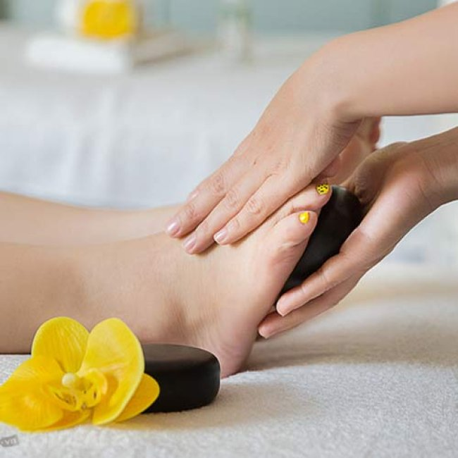 Massage Body Đá Nóng, Áp Dụng Cho Cả Nam Và Nữ 75' - Duyên Dáng Spa
