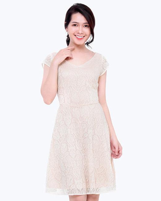 Đầm Xòe Ren Cổ Tim Thời Trang