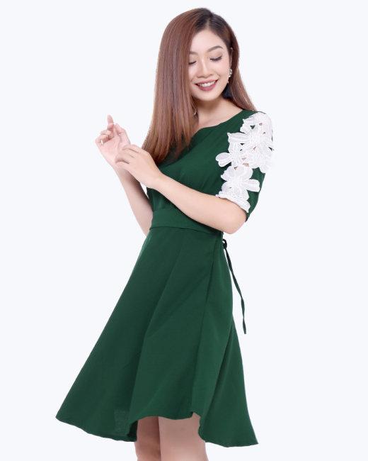 Đầm Xòe Cổ Tim Tay Phối Ren