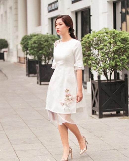 Áo Dài Thêu Hoa + Kèm Chân Váy