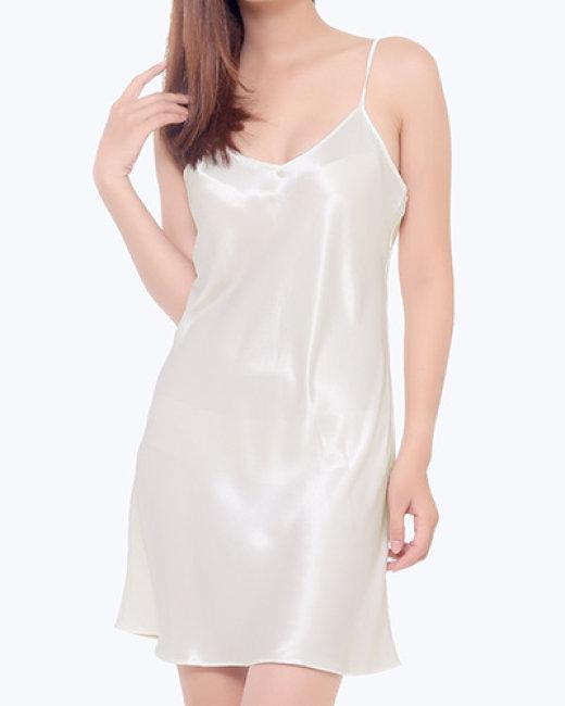 Đầm Lụa Vera 2 Dây Sexy - TH Vera