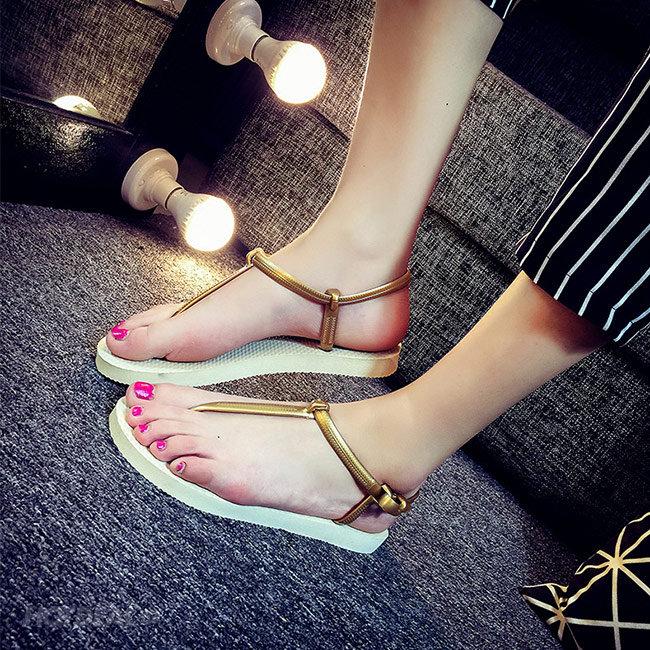 Giày Sandal Quai Kẹp Hở Ngón Đi Nước Thoải Mái
