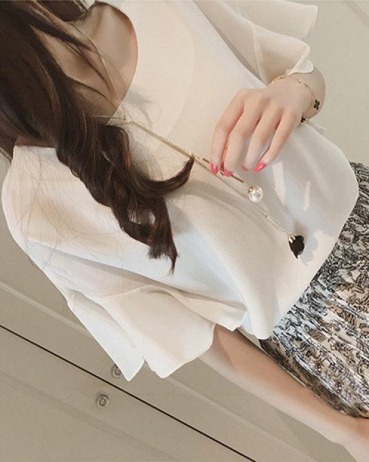 Áo Kiểu Tay Loe & Tặng Kèm Vòng Cổ