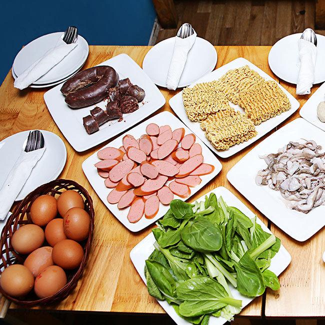 Buffet Tokbokki Cho Tín Đồ Mê Món Ăn Hàn Quốc