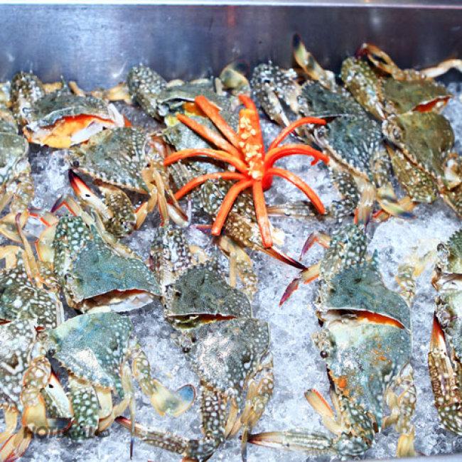 Buffet Tối 60 Món Nướng + Hải Sản Tươi Sống (Bao Gồm Nước) -...