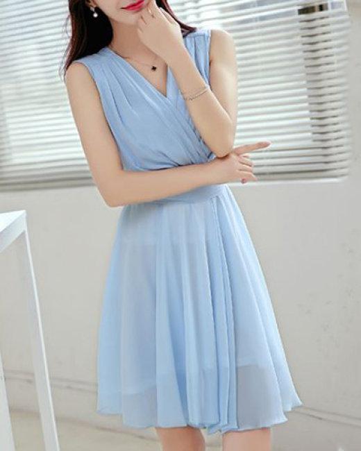Đầm Xòe Tiana Xếp Ly Ngực