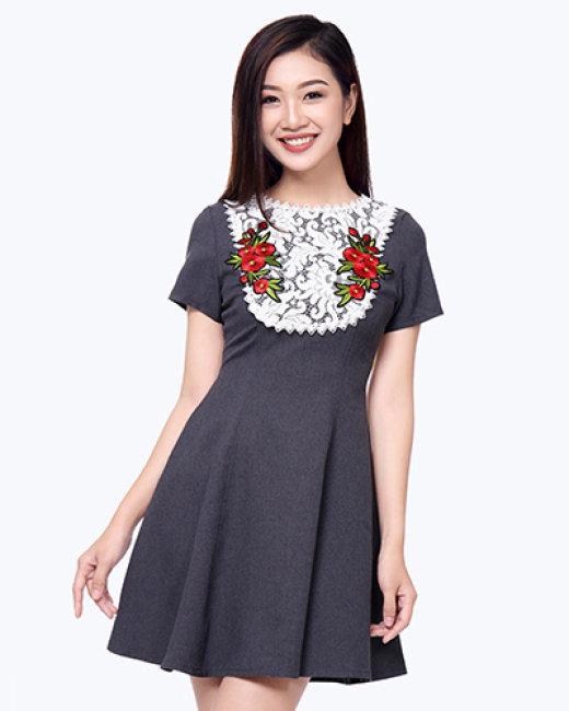 Đầm Dự Tiệc Hoa Thêu Shibi SB092