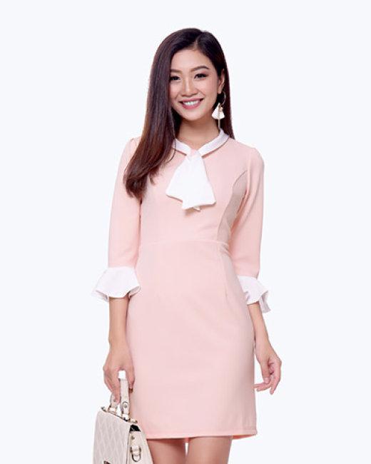 Đầm Body Tay Loe Thời Trang