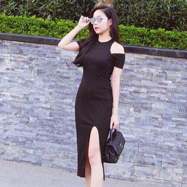 Đầm Body Thun Gân Xẻ Tà Khoét Vai Thời Trang