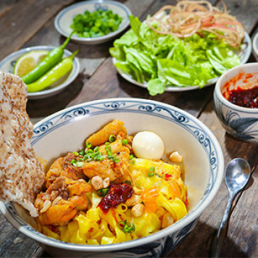 Mì Quảng Đặc Biệt + Bún Sườn Bò- 2 Món Yêu Thích Nhất Tại...