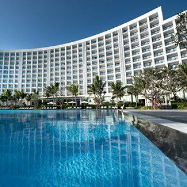 Vinpearl Nha Trang Bay Resort & Villas 5*– Phòng Deluxe Room 2N1Đ – Bao Gồm Buffet 3 Bữa Cho 2 Khách