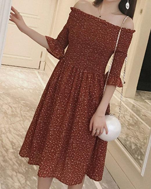Đầm Bẹt Vai Carita