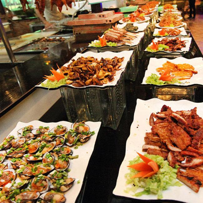 Buffet Tối Hải Sản Dìn Ký Từ Thứ 3 Đến Chủ Nhật