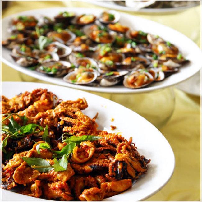 Buffet Trưa Hải Sản Tại Oscar Saigon Hotel 4* - Phố Đi Bộ Đẹp...
