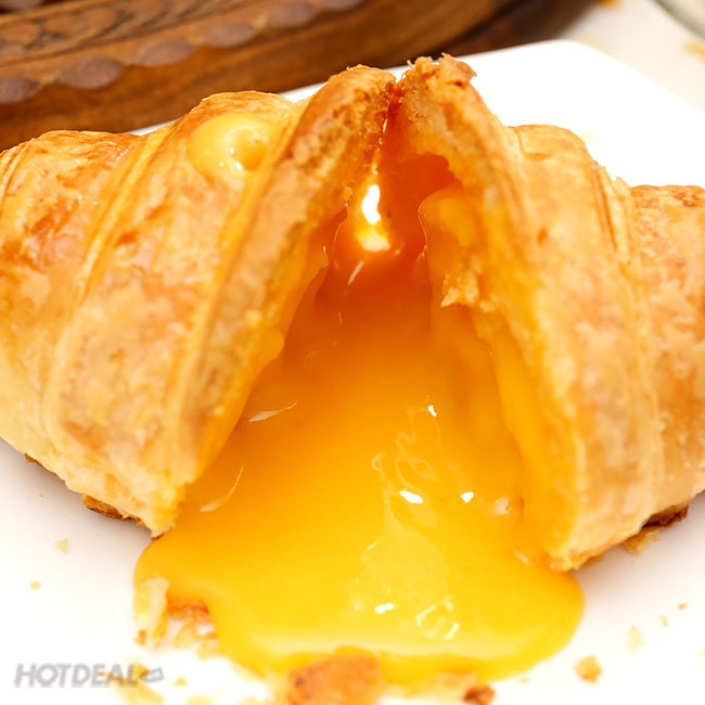 Combo Hộp 5 Bánh Sừng Trâu Nhân Trứng Muối Đặc Biệt Tại Bánh...