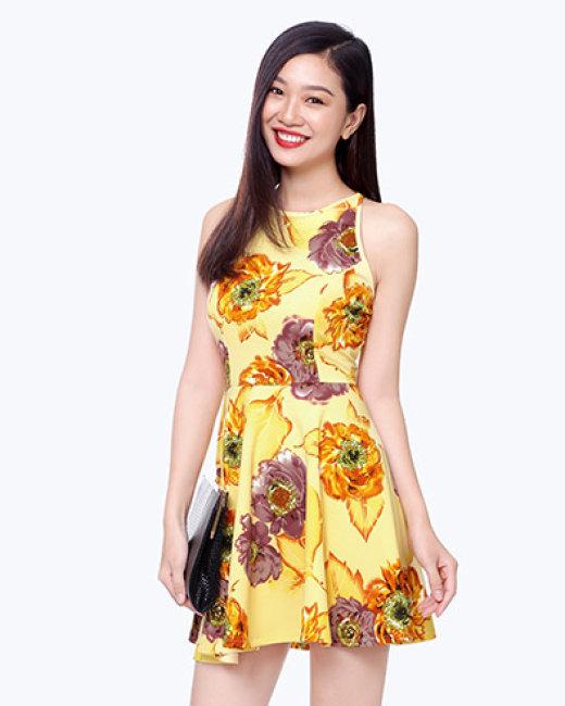 Đầm Yếm Dạo Phố Style