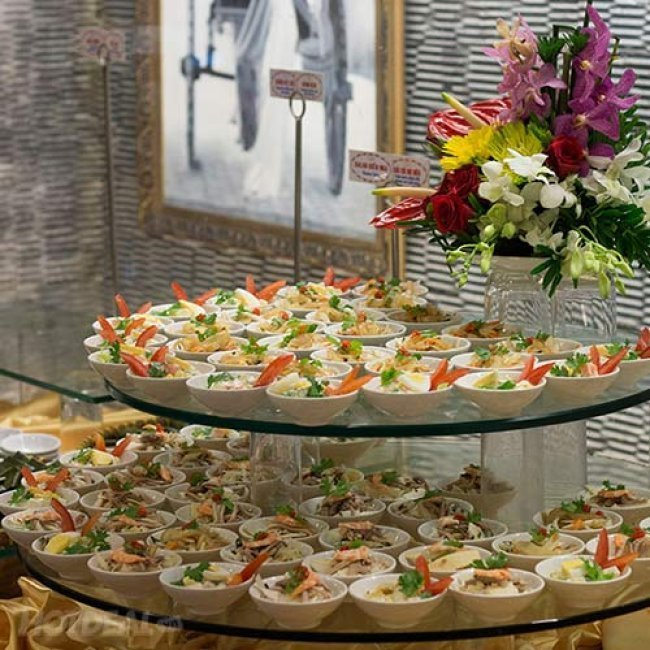 Buffet Trưa Đệ Nhất Trên 60 Món Việt, Á, Âu, Lẩu - Miễn Phí...