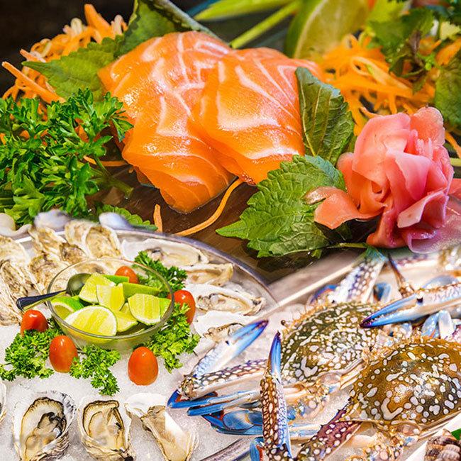Buffet Quốc Tế Hải Sản Tại Khách Sạn Sài Gòn Prince Hotel 4* -...