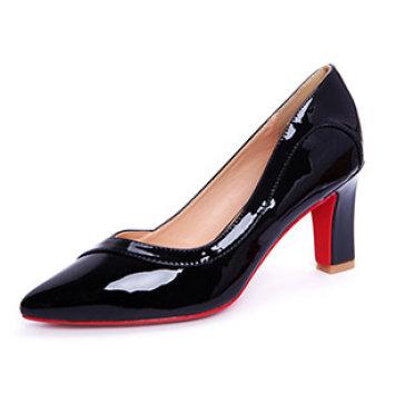 Giày Bít Mũi Đan Chéo KT Fashion Shoes B23