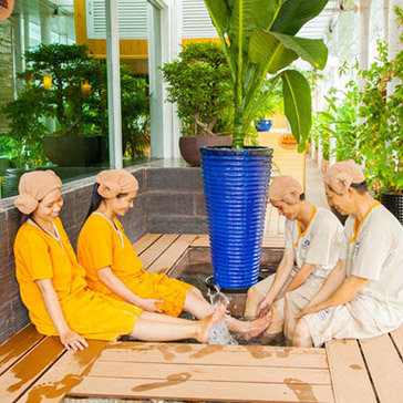 Combo Healing & Relaxing Mỗi Tối Cùng Gia Đình Bạn Bè, Miễn Phí Nước Gạo Korea Tại Golden Lotus Healing Spa Land