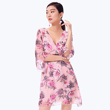 Đầm Hoa Cổ Chéo Tay Loe