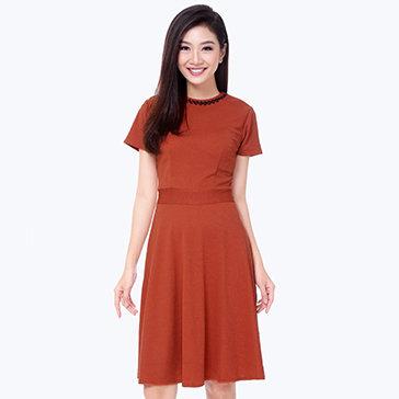 Đầm Xòe Kết Cườm Thời Trang