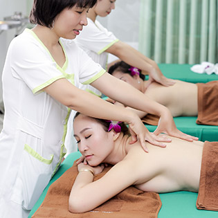 (120') Massage Body + Foot + Xông Hơi + Chạy Vitamin C + Đắp Mặt Nạ – Bamboo Medical Beauty & Spa