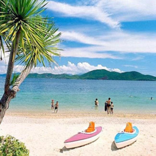 Tour Tết Nha Trang - Đà Lạt  4N4Đ –Thiên Đường Biển Đảo – KDL Bãi Dài – Du Ngoạn Vịnh Nha Trang – Suối Hoa Lan – Đồi Mộng Mơ – Nhà Thờ Domaine