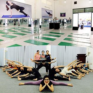 01 Tháng Tập Yoga Không Giới Hạn Thời Gian Tại Omkara Yoga