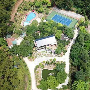 Villa 5 Phòng Ngủ Tại Rừng Thông Xanh Resort 5* Hà Nội – 2N1Đ Dành Cho 12 Người Lớn Và 5 Trẻ Em